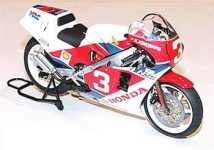 TAMIYA 14099 1-12 HONDA NSR 500 FACTORY COLOR