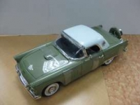 MOTORMAX 73176 1956 FORD THUNDERBIRD HARD TOP 1:18