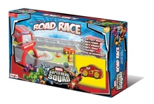 MAISTO 12090 SUPER HERO SQUAD™: PLAY PLACES - ROAD RACE