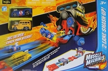 MAISTO 12216 1:64 MM GARAGE TWO LANE SMASH-UP TRACK SET