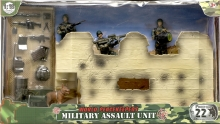 MCTOYS 77082 WORLD PEACEKEEPERS - MILITARY ASSULT UNIT (3 FIGURES INCLUDED)