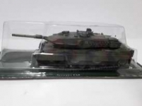 MAGAZINE CV-03 -3 COMBAT VEHICLES SERIES LEOPARD 2A5