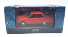 MAGAZINE AT12 1971 RENAULT 12. RED