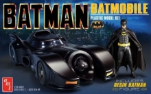 AMT 1107 1:25 BATMAN 1989 MOVIE BATMOBILE W/RESIN BATMAN FIGURE