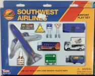 REALTOY RT8181 SOUTHWEST AIRLINES B737 DIE CAST PLAYSET (13PC SET)