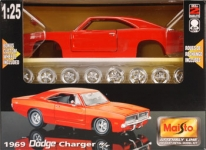 MAISTO 39256 1:24 CHARGER 1969