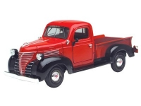 MOTORMAX 73278 1:24 PLYMOUTH TRUCK 1941